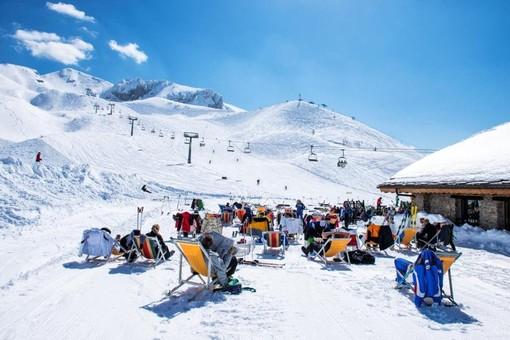 Ragazza cade sugli sci a Limone Piemonte