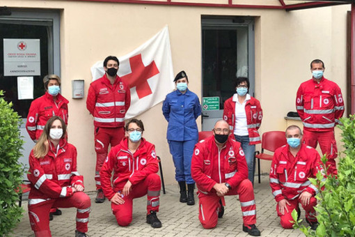 Alcuni volontari della CRI Mondovì  (Foto di repertorio)