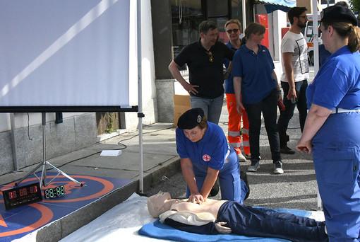 A Carrù il record del mondo di durata di massaggio cardiaco: 12 ore e 14 minuti