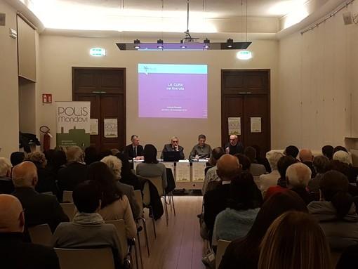 """""""Cure di fine vita e testamento biologico"""": partecipato incontro dell'associazione Polis a Mondovì"""