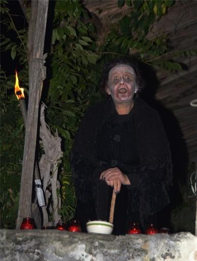 Notti delle streghe: sabato 31 ottobre a Rifreddo al pomeriggio ci sarà la passeggiata Naturalistico-magica ed alla sera lo spettacolo al Monastero