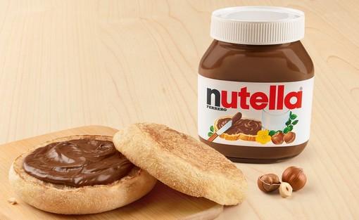 """""""McCrunchy Bread"""" è il nome del panino alla Nutella in arrivo nei Mc Donald's italiani"""