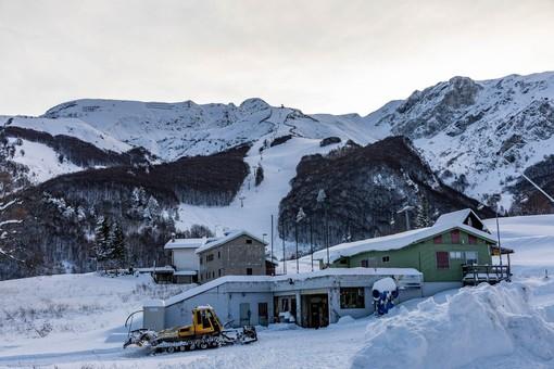 70 centimetri di neve in quota, anche la Riserva Bianca di Limone Piemonte si prepara ad aprire la stagione invernale