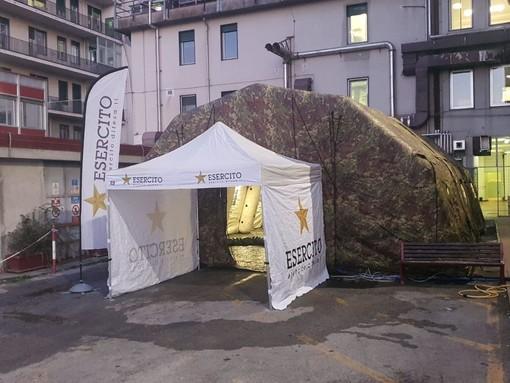 Cuneo: conclusa in serata l'installazione delle strutture modulari dell'esercito al Santa Croce