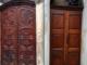 """Cavallermaggiore, Municipio """"rinfrescato"""" con il restauro dei portoni di ingresso"""