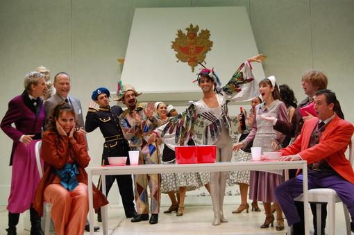 """Bra: con """"Il Pipistrello"""" di Johann Strauss torna l'operetta a teatro"""