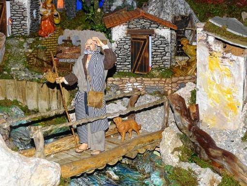 Il presepio dell'ospedale di Savigliano se ne va: quest'anno è alla parrocchia di San Giovanni