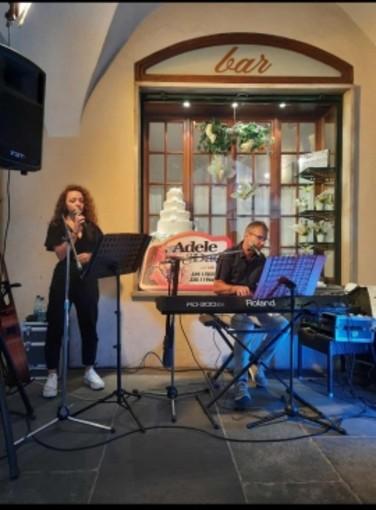 A Dronero serata di degustazione e piano bar organizzata dall'associazione Il Bottegone