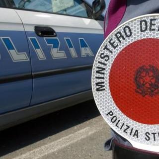 """""""Grazie alla Polizia stradale che ci ha soccorso per un guasto al casello di Mondovì"""""""
