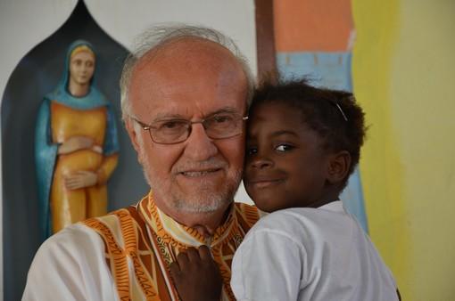 """""""Provocatore di sogni"""": Padre Renato Chiera si racconta in un nuovo libro"""