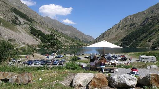 Nel Parco delle Alpi Marittime permessi, senza assembramento, picnic e grigliate con familiari e amici