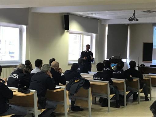 Truffe online sempre più diffuse e sofisticate: come difendersi? A scuola dalla Polizia delle Comunicazioni (VIDEO)