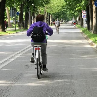 A Cuneo il viale degli Angeli resterà isola pedonale fino al 2 giugno