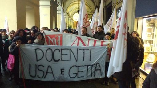 Scuola: anche dalla Granda a Torino in difesa del diploma Magistrale