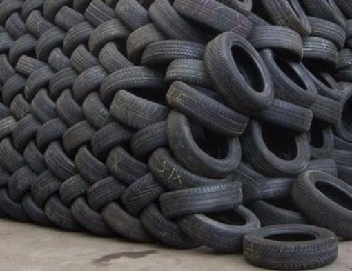 Al via la raccolta di pneumatici usati