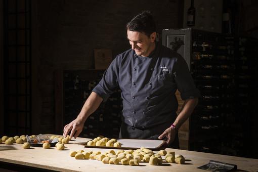 """Al ristorante """"Il Vigneto"""" di Roddi prosegue la kermesse di Confartigianato  """"A Cena con il Cuoco"""""""