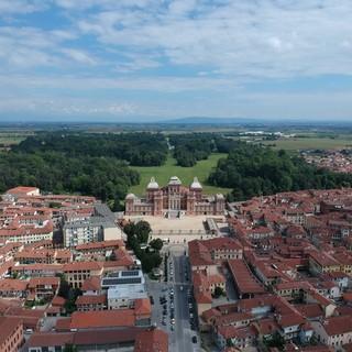 In foto una panoramica scattata a 110 mt sulla città di Racconigi
