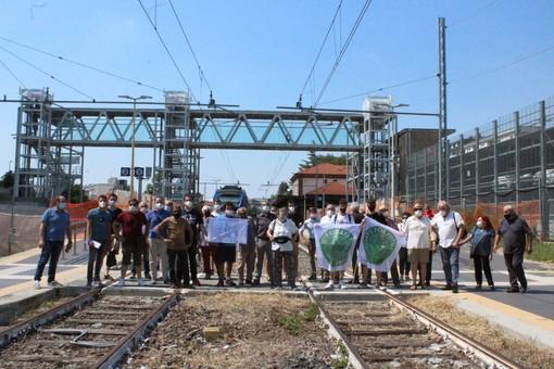 Ad Alba il sit-in per la riattivazione del collegamento ferroviario con Asti