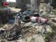 Bidoni di vernici, solventi e macerie vicino al torrente Varaita: nei guai il titolare di un'azienda edile di Polonghera