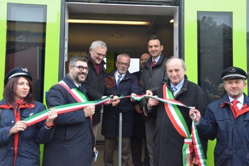 """A Saluzzo Natale arriva """"in anticipo"""" e riporta il treno in stazione: 16 corse al giorno per Savigliano, a partire dal 7 gennaio (FOTO)"""