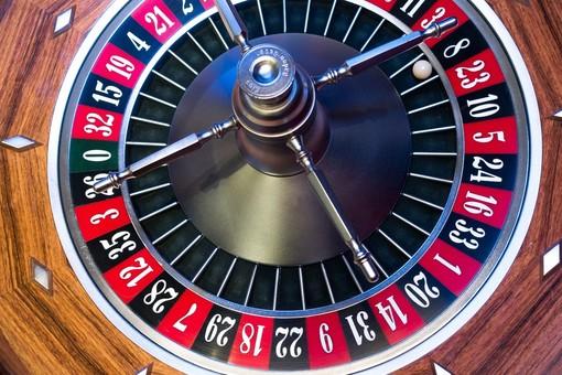 Il consiglio comunale di Borgo San Dalmazzo difende la legge regionale contro la diffusione del gioco d'azzardo patologico