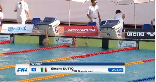 Nuoto: Simone Dutto del CSR Cuneo è campione italiano nei 200 delfino