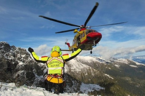 Nell'anno della pandemia record di interventi per il Soccorso Alpino del Piemonte: il 57% ha richiesto l'eliambulanza 118