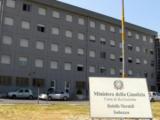 Nel carcere di Saluzzo prosegue la protesta contro i pasti non graditi