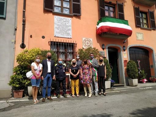 La nuova targa affissa a Fossano in memoria di Giuseppe Valle