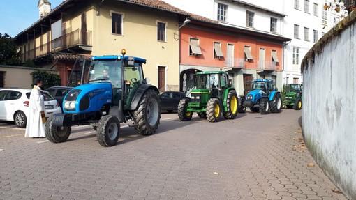 Giornata del ringraziamento a Faule con la benedizione dei trattori degli agricoltori
