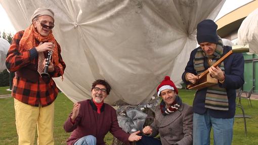 Gli auguri di Buon Natale in musica dei Trelilu! #BuonNataleDai