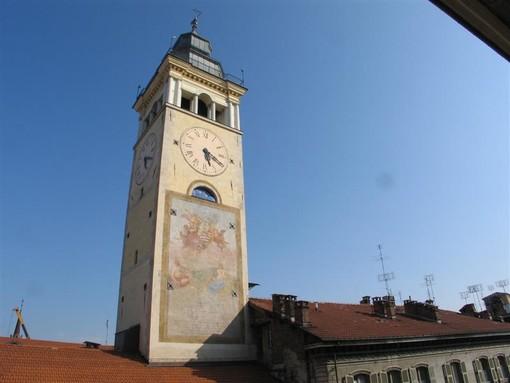 Domenica 20 settembre la Torre Civica di Cuneo si illuminerà di verde per celebrare la Giornata Nazionale sulla SLA