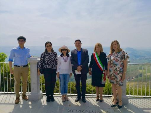 foto del consolato generale della Repubblica popolare cinese, il console generale aggiunto della Cina Zhang Hong, Roberto Cerrato, il sindaco di Marialuisa Ascheri e Rosanna Boglietti