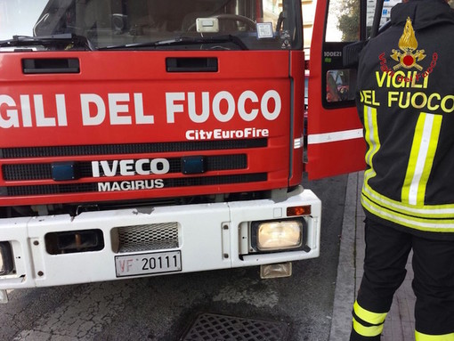 Persona trovata deceduta in casa a Briaglia, intervento dei vigili del fuoco