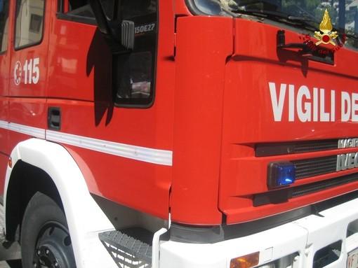 A Confreria un incontro tra la popolazione e i vigili del fuoco