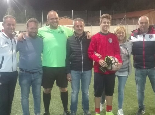 Calcio giovanile: Andrea Polidoro show, il portiere del Valle Po U17 para tre rigori in 14'