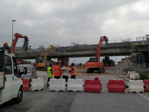 La demolizione del viadotto Villafalletto a Fossano