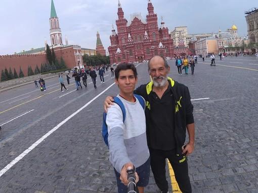 """20mila chilometri in bici da Beinette a San Pietroburgo: """"Ma a tutti abbiamo detto che saremmo andati a Medjugorje"""""""